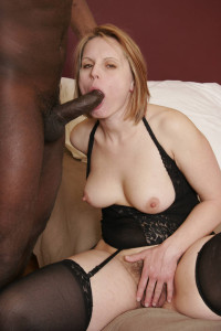 Black dick for the mature babe